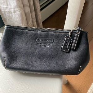 COACH Blk Mini Bag - 8 x 4 x 2 Very Good Condition